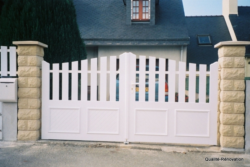 portail-pvc-semi-plein-207